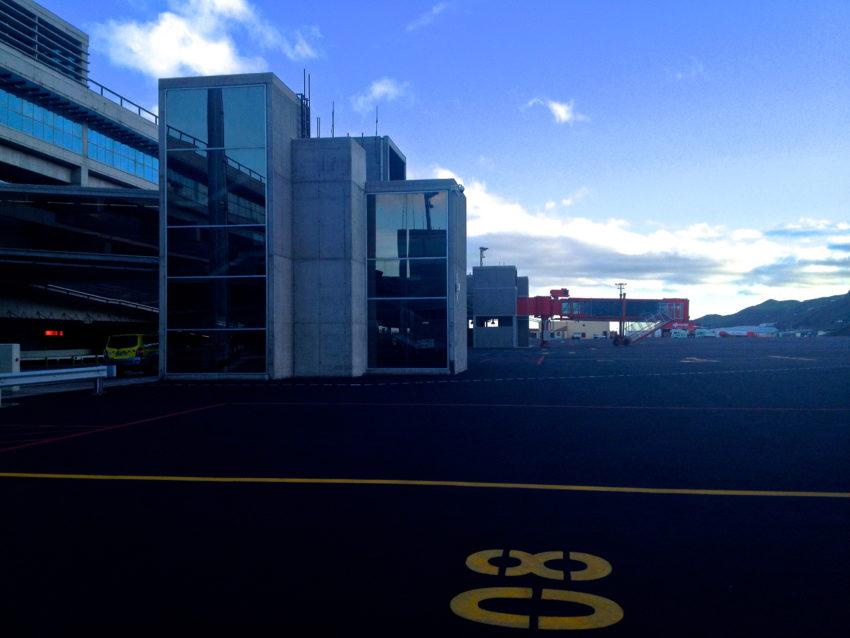 Normalerweise sind auf einem Flughafen hier Flugzeuge zu sehen.