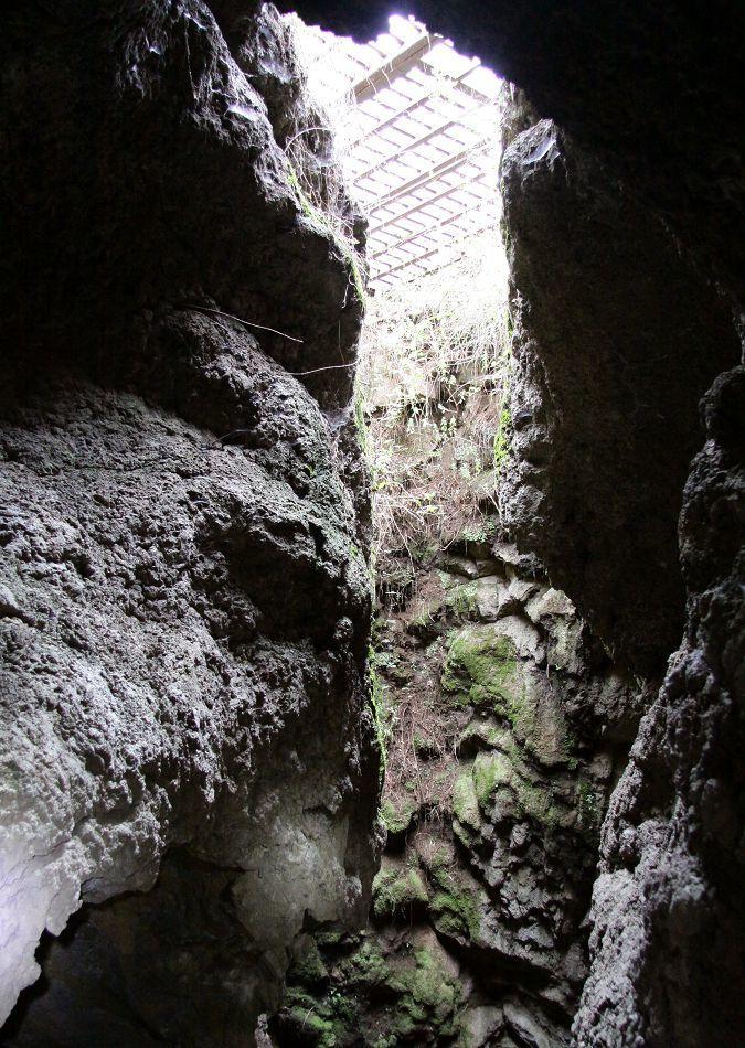 Einbruchstelle - hier wurde die Höhle entdeckt
