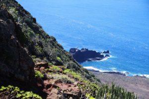 Blick aus der Höhe auf die Punta de Teno