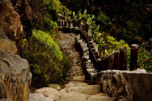auf gut angelegten Wegen geht es durch die Barrancos