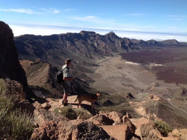Abstieg an der steinigen Nordwand