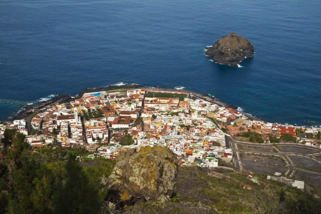 Blick aus der Höhe auf Garachico