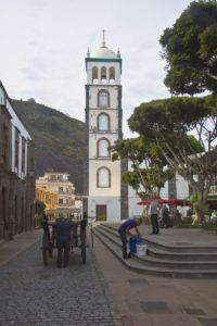 Plaza de la Libertad und Kirche Santa Ana in Garachico
