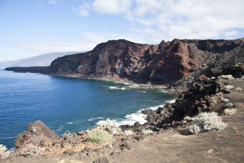Weg auf der Steilküste