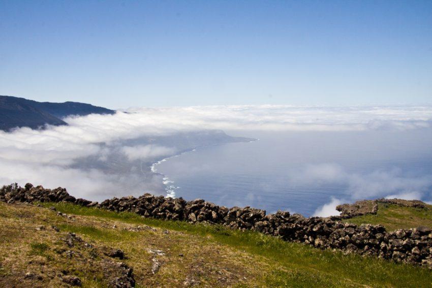 Über den Wolken - an der Abbruchkante zum Golftal