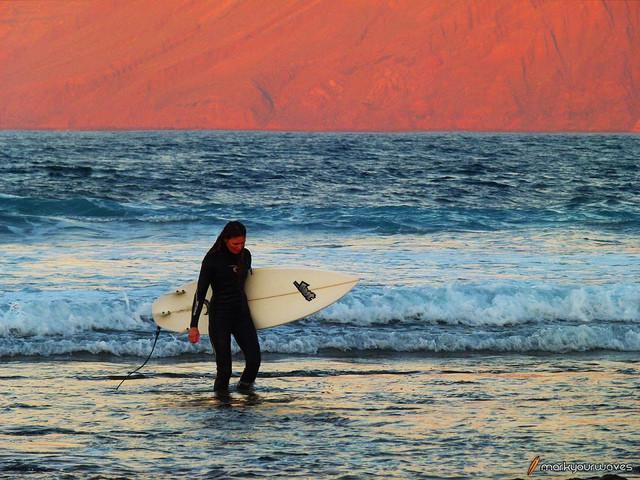 Surfing Lanzarote