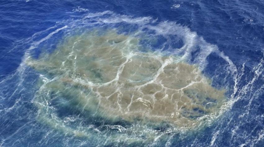 Heftige Ausgasung des entstehenden Unterwasser-Vulkans vor El Hierro (vistaalmar.es)