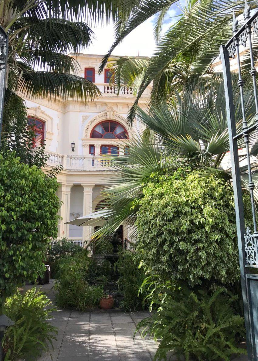 Wunderschöne Gebäude säumen die Straßen der Altstadt La Lagunas