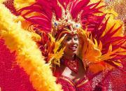 Sambatänzerin bei Karneval