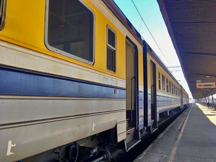 Zug nach Jūrmala