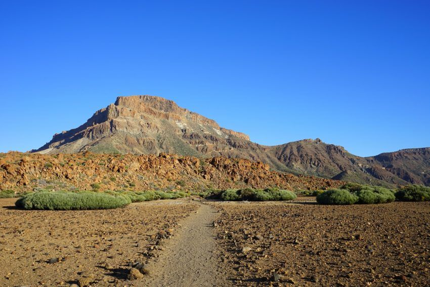 Wanderweg zu den Bergen von Guajara