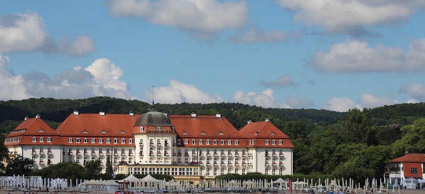 Großes Hotel im neobarocken Stil