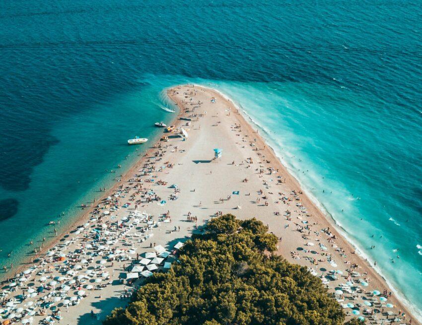 Das Goldende Horn, ein sehr beliebter Strand in Kroatien