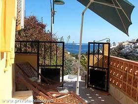 Haus mit Terrasse, Meer-und Bergblick in Igueste de San Andres