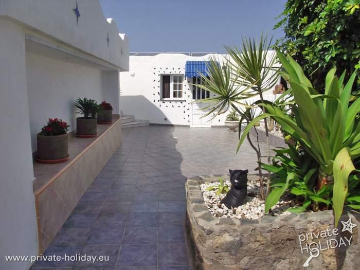 finca bungalow mit pool terrasse und panoramablick. Black Bedroom Furniture Sets. Home Design Ideas