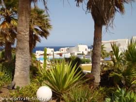 Haus mit Terrasse und Minigolfplatz am Meer in Porís de Abona