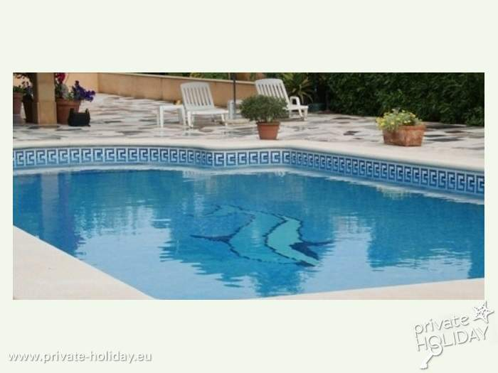 bildergalerie fewo mit pool und dachterrasse. Black Bedroom Furniture Sets. Home Design Ideas