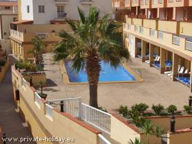 Apartment mit Balkon, Meerblick & Pool in Candelaria am Strand