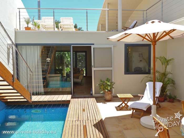 villa mit privatpool in costa calma nur 300 m zum strand. Black Bedroom Furniture Sets. Home Design Ideas