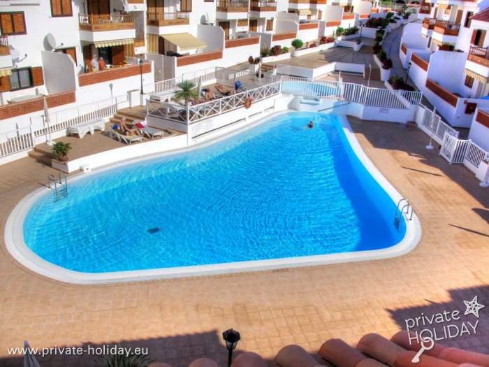 fewo mit terrasse pool am strand in los cristianos. Black Bedroom Furniture Sets. Home Design Ideas