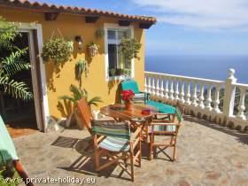 Ferienwohnung mit Terrasse und einem fantastischen Meerblick