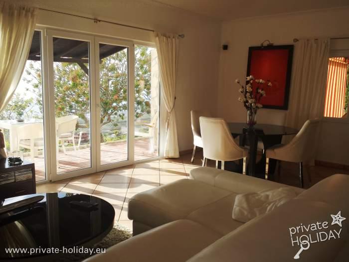 ruhiges ferienhaus auf einer finca mit aussicht bei adeje. Black Bedroom Furniture Sets. Home Design Ideas