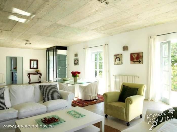 ferienhaus in bunyola mit privatpool in ruhiger lage. Black Bedroom Furniture Sets. Home Design Ideas