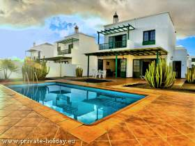 Playa Blanca - Villa mit Pool