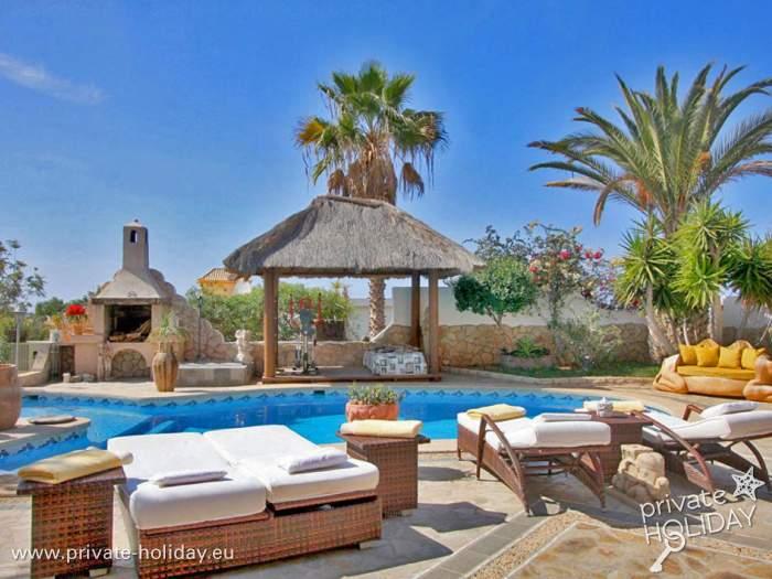 luxusvilla pur und eine menge platz in callao salvaje. Black Bedroom Furniture Sets. Home Design Ideas