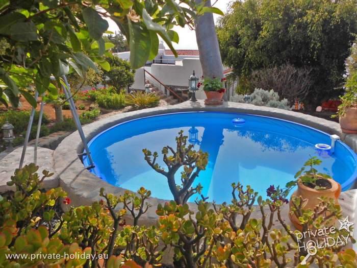 Luxus ruhe und 2 patios haus mit terrasse in el sauzal for Garten pool nrw