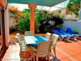 Strandhaus mit Terrasse am Playa las Vistas in Los Cristianos