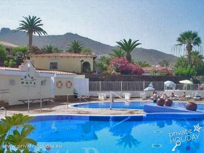 Ferienhaus Teneriffa Mit Pool , Apartment Mit Gemeinschaftspool Und Balkon In Miraverde