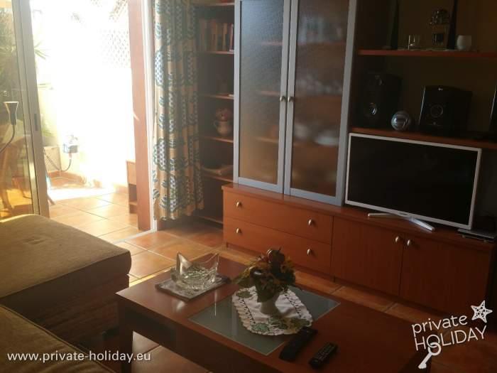 ferienwohnung mit pool und balkon in playa paraiso. Black Bedroom Furniture Sets. Home Design Ideas