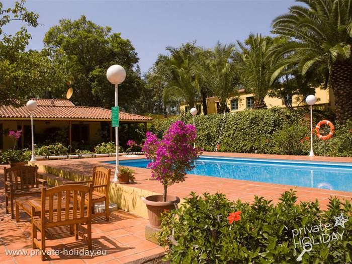 Ferienhaus mit Pool, Garten und Grill für vier bei Firgas