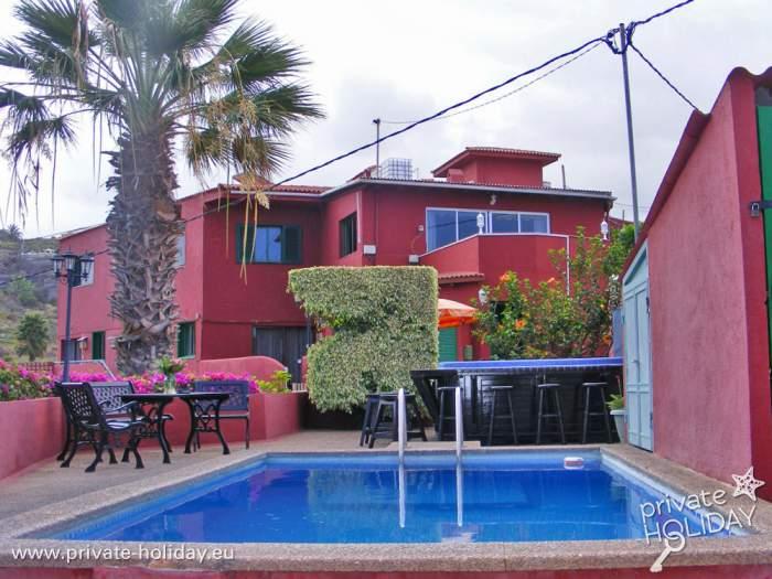 bewertungen bungalow auf einer finca mit pool. Black Bedroom Furniture Sets. Home Design Ideas