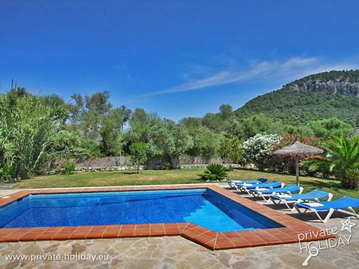 Finca in landschaftlich sch ner gegend mit privatpool for Garten pool nrw