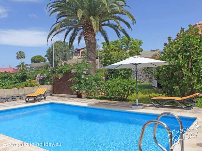 H bsches ferienapartment mit gemeinschaftspool terrasse for Garten pool nrw