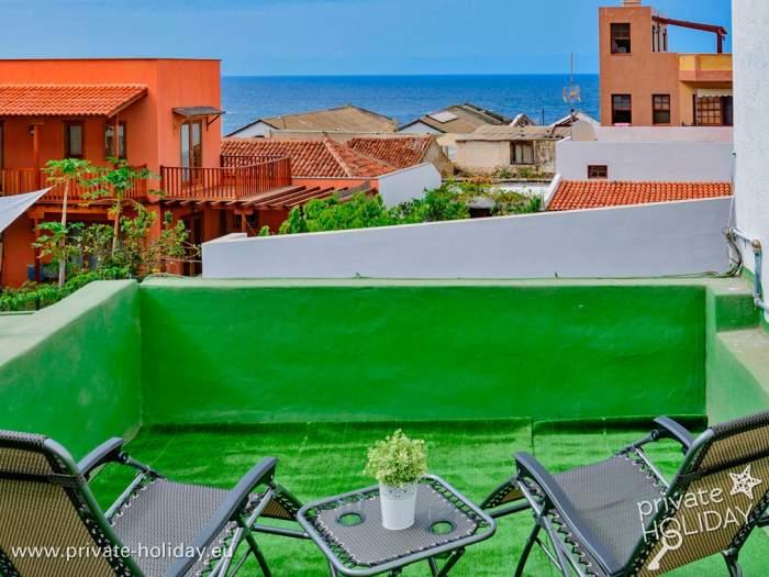 galerie und objektlage haus mit innenhof in garachico. Black Bedroom Furniture Sets. Home Design Ideas