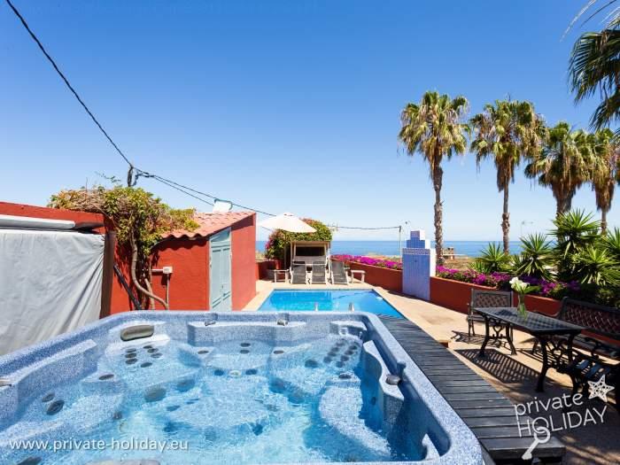bungalow finca mit pool whirlpool icod de los vinos. Black Bedroom Furniture Sets. Home Design Ideas