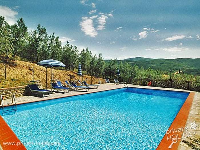 Ferienwohnung in ruhiger Lage mit Pool, Garten, Grill und Kamin