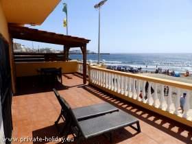 Haus direkt am Strand von El Médano mit möblierter Terrasse